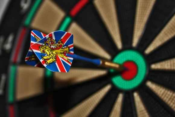 darts-target-bull-s-eye-delivering-37604.jpeg